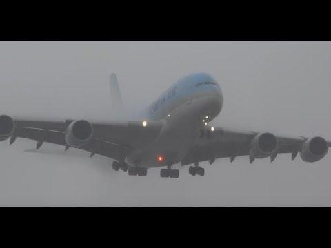 (HD) Watching Airplanes In the Rain, Plane Spotting Los Angeles International Airport KLAX/LAX
