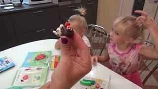 видео Лепим животных пошагово из пластилина вместе с детьми