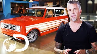 Richard Rawlings Wants Harvester Scout II Paint Job To Be Perfect! | Fast N' Loud