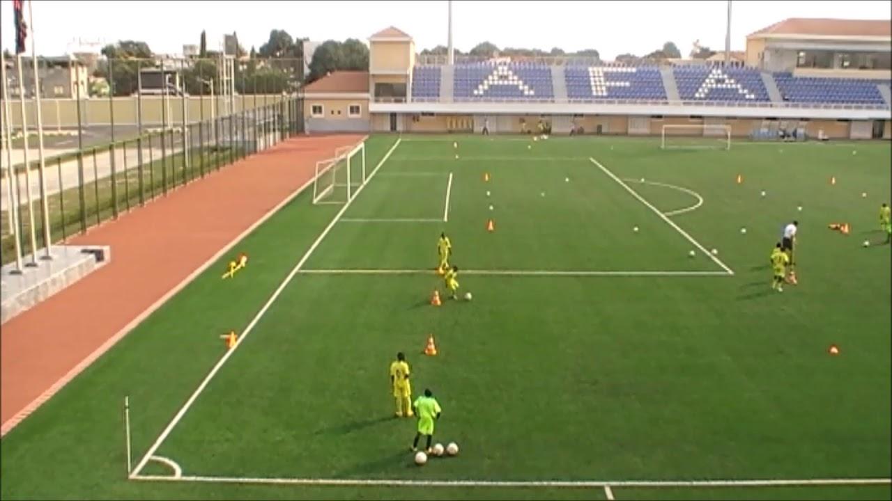 Circuito Tecnico Futbol : Ejercicios de técnica individual circuito técnico escuela de