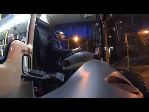 Ночная смена водителя автобуса на маршруте 2 М по 2 линии метро.