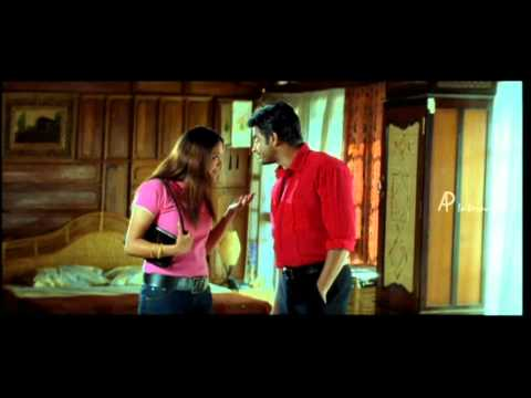 Priyamana Thozhi - Madhavan helps Jyothika to wear Saree