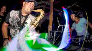 Tennishero - alone feat pesos  sax