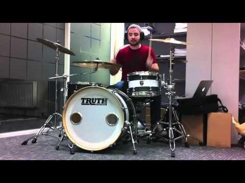 Fall Out Boy  Dance, Dance Drum