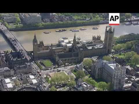 UK opposition leader backs call for early election