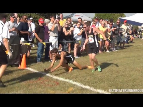 Runner Collapses at Finish Line Due To Heat Stroke
