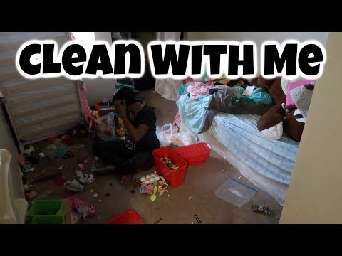 Cleaning My Kids Messy Room / Clean With Me /Cleaning Motivation