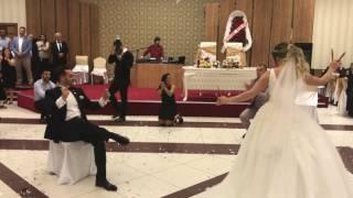 Erik dalı oynayan gelin ve damat😊 Çağla & Özkan düğün...Düğünde nargile..