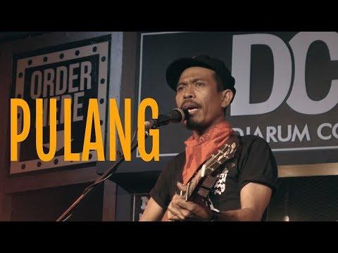 Pulang - Iksan Skuter Ft Jason Ranti Live ISBI Bandung DCDC NGABUBURIT