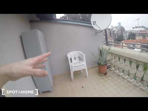 2-bedroom apartment with large balcony for rent in Fiero Milano - Spotahome (ref 205058)