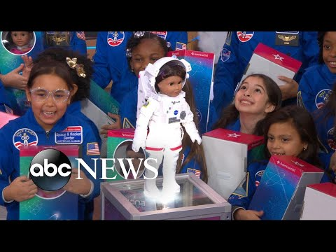Meet American Girl's 2018 Girl of the Year: Aspiring astronaut Luciana Vega