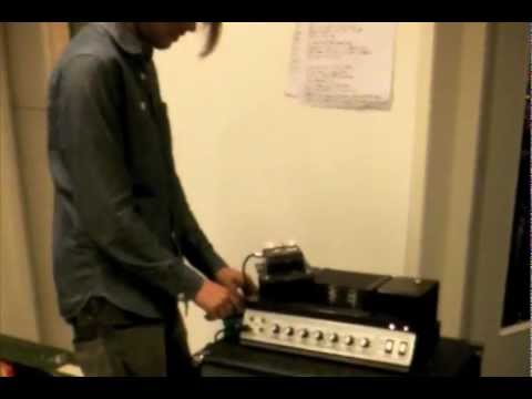"""Recording Bombay Show Pig Part 1: """"There is a demon in the amplifier!"""""""