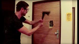 Hosté demoliční četou - NEXTy vs. standardní dveře