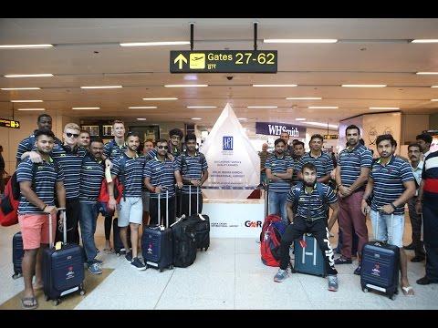 Delhi Daredevils Team at Delhi Airport