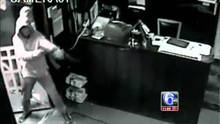 SHOOTING CAUGHT ON CAMERA..PHILLY GOONS SHOOT UP STRIP-CLUB WITH AK-47