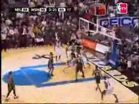 Washington Wizards VS Milwaukee Bucks 108-105 at the buzzer