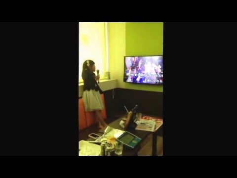 Mifa in karaoke