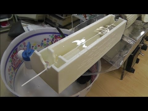 #8 ~Russ's Filament Extruder: Testing The Water Cooler. Works via Surface Tension (Hand Pulling)