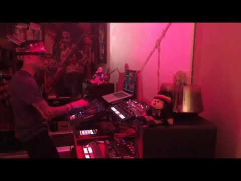 TLN Live Mix #29 - Low Escapes - Part 5 [Deep Tech & Electro Mix]