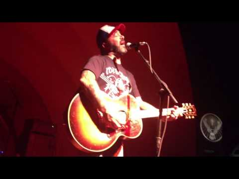 Aaron Lewis covers Pearl Jam's Release