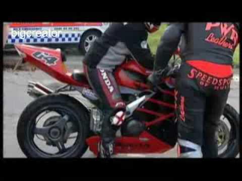 UK Motorbike Traffic cops with Suzuki Hayabusa