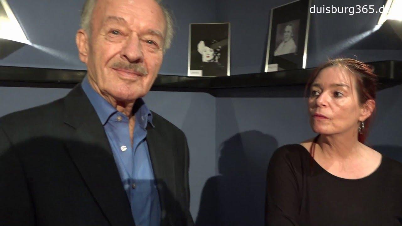 Hauptdarsteller Ausstellung Von Britta Odenthal Die Saeule Duisburg