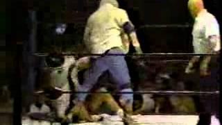 Video Wrestling: Ric Flair vs. Dusty Rhodes - Tuxedo/Bunkhouse Match download MP3, 3GP, MP4, WEBM, AVI, FLV November 2017