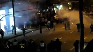 Vancouver riot kissing couple video shows what happened before photo