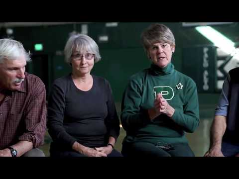 A Fond Farewell: Paly Alumni Say Goodbye to the Old Gym