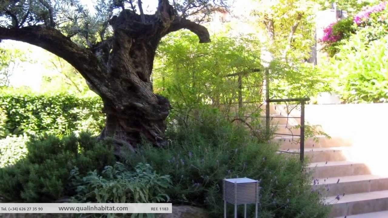 Casa exclusiva en la zona alta de barcelona youtube for Casa minimalista 300m2