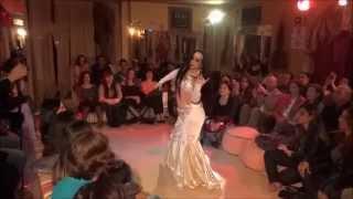 Natália Piassi estréia nas Noites do Harém na Khan el Khalili!!!
