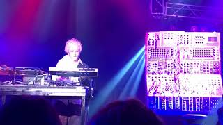 It is an image of the encore of DAISUKE ASAKURA CLUB+LIVE DA METAVE...