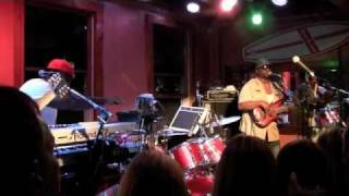 Barrington Levy -Prison Oval Rock-Living Dangerously; Live @ The Beachcomber