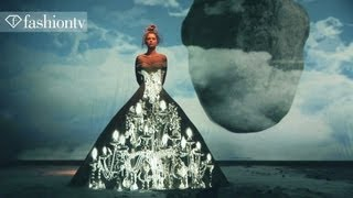 Franck Sorbier Couture Fall/Winter 2012/13 - Projection Art in Paris | FashionTV