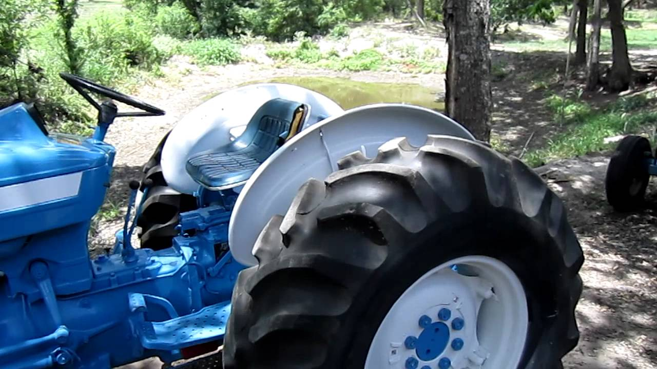 Tires 4 Less >> Ford 4600 TRACTOR SU Diesel SOLD in TX - YouTube