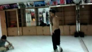 Utkarsh Dance India Dance Dehli wall jump video