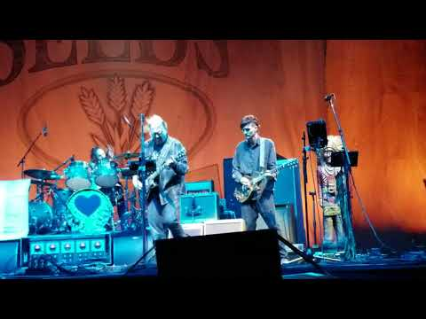Neil Young + Promise Of The Real.. Cortez the Killer...Arroyo Seco