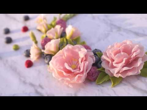 Necklace with flowers and berries | Perfect idea for wedding | Bride jewelry