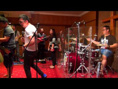 Dia Raja - True Worshippers - OIL Band's behind the scene 2014