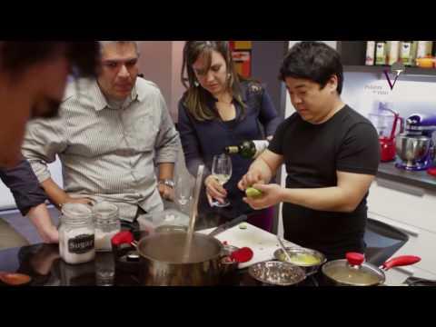 Mitsuharu Tsumura, su arroz con pato a la nikkei y el Chardonnay peruano