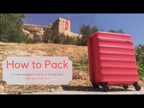 Pack a CarryOn Case for 1 week. Travel Hacks & Tips for Trolley Suitcase by Piccavey - Spain Blog
