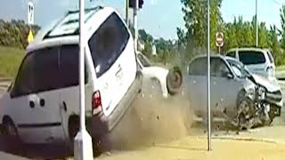 🇺🇸 AMERICAN CAR CRASH / INSTANT KARMA COMPILATION #208
