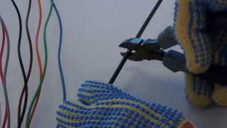 Technical Video: How to Prepare the ends of optical fiber loose tube cable for splicing TV19