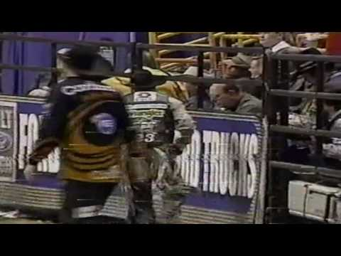 PBR 2004: Rob Bell gets dumped off Crossfire Hurricane