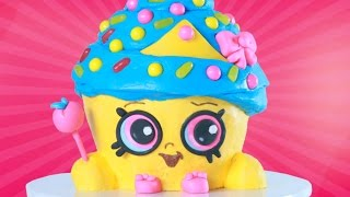 SHOPKINS CUPCAKE QUEEN CAKE - NERDY NUMMIES thumbnail