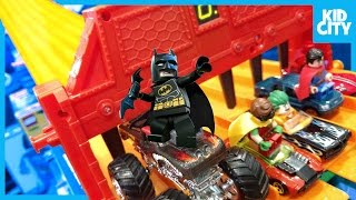 Hot Wheels LEGO BATMAN Movie Toys Race with Justice League Spider-Man & Ninja Turtles | KIDCITY