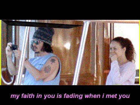 Love Story - Johnny Depp and Vanessa Paradis ( with lyrics)