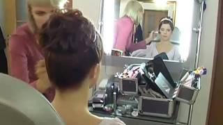 свадебная причёска в салоне LA FACON г.Туапсе.(http://www.foto-den.com/izgotovlenie-videoreklami/ Dstudio - видеооператор и фотограф в Туапсе предлагают услуги фото и видео съёмки..., 2010-10-22T22:57:53.000Z)