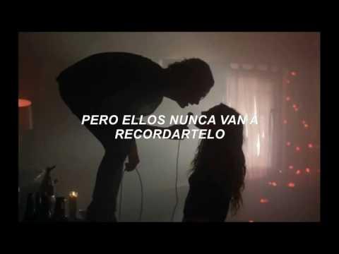 Oasis - WonderWall Traducida al español (By Donald Trump, okno.)
