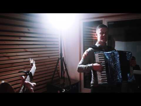 Calum MacPhail // She Loves Me (Dougie MacLean Cover)